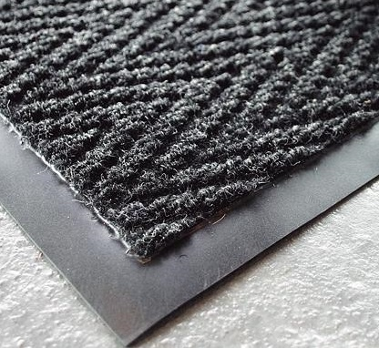 Charcoal-Chevron-Heavy-Duty-Matting-90cmx150cm