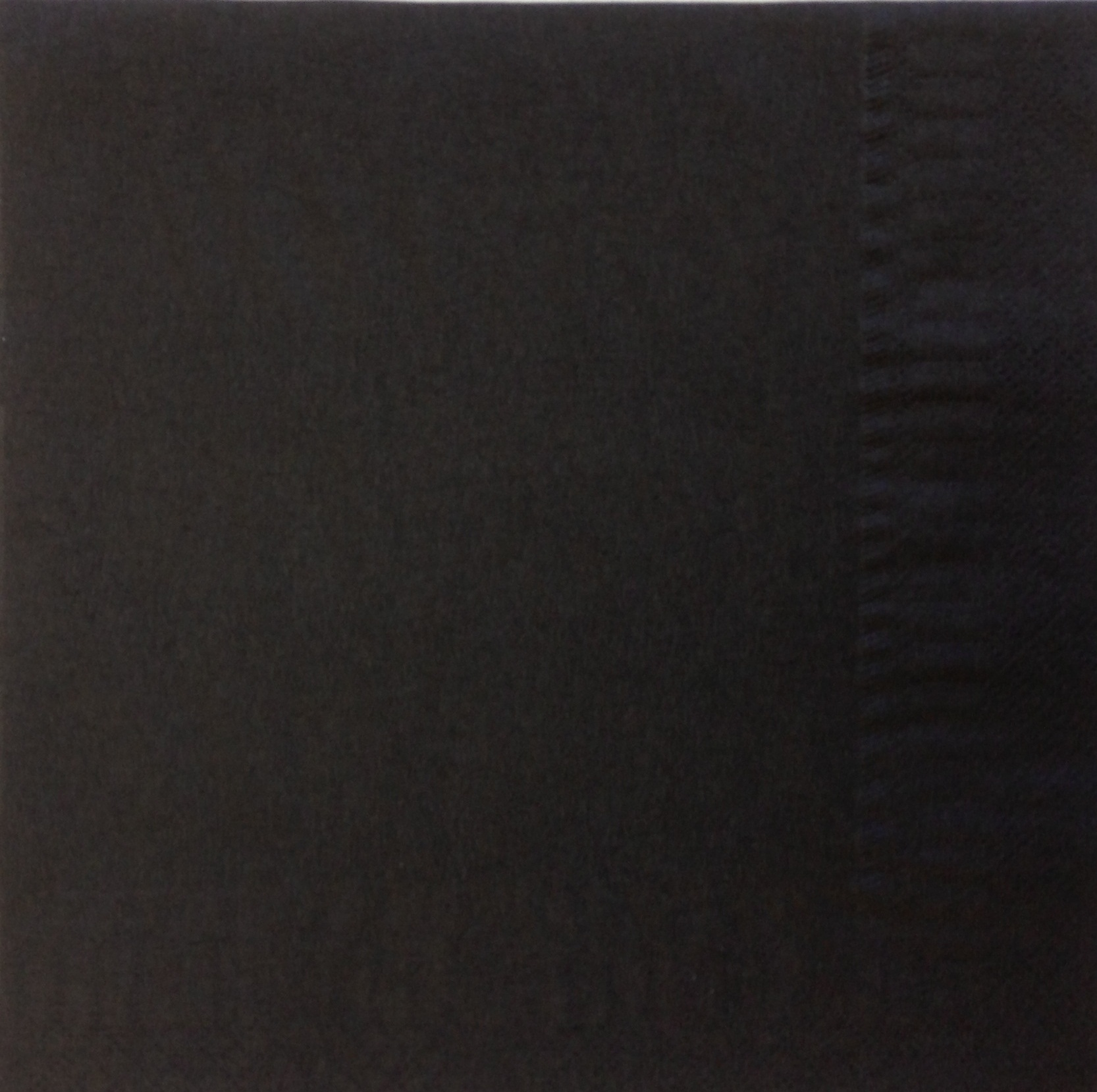 Black-Napkins-33cm-2ply---16x125--4-fold